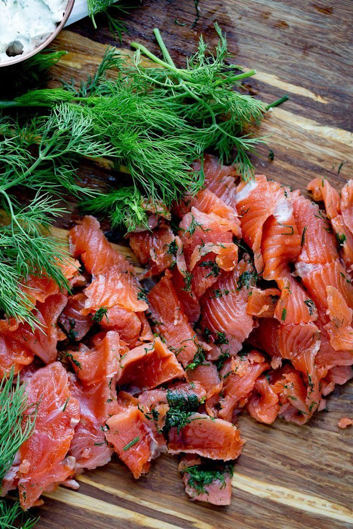 "<p>In the U.S, smoked salmon is usually associated with bagels. But in Ireland, smoked salmon is commonly found throughout the country for breakfast, lunch, or even dinner.</p><p><strong><a href=""https://www.thepioneerwoman.com/food-cooking/recipes/a99035/how-to-make-gravlax/"" rel=""nofollow noopener"" target=""_blank"" data-ylk=""slk:Get the recipe."" class=""link rapid-noclick-resp"">Get the recipe. </a></strong></p><p><a class=""link rapid-noclick-resp"" href=""https://go.redirectingat.com?id=74968X1596630&url=https%3A%2F%2Fwww.walmart.com%2Fsearch%2F%3Fquery%3Dpioneer%2Bwoman%2Bmixing%2Bbowls&sref=https%3A%2F%2Fwww.thepioneerwoman.com%2Ffood-cooking%2Fmeals-menus%2Fg35325053%2Ftraditional-irish-food-dishes%2F"" rel=""nofollow noopener"" target=""_blank"" data-ylk=""slk:SHOP MIXING BOWLS"">SHOP MIXING BOWLS</a></p>"