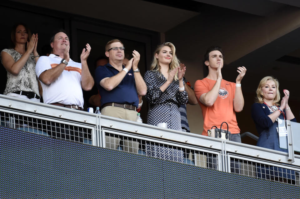 <p>Actress, model Kate Upton cheers during the pre-game ceremony prior to Game 2 of the 2017 World Series between the Houston Astros and the Los Angeles Dodgers at Dodger Stadium on Wednesday, October 25, 2017 in Los Angeles, California. (Photo by LG Patterson/MLB Photos via Getty Images) </p>