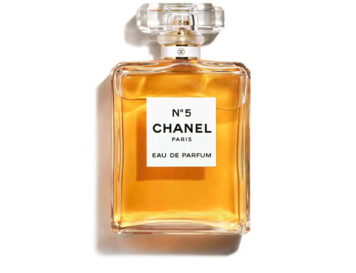 "<p><strong>CHANEL</strong></p><p>nordstrom.com</p><p><strong>$215.00</strong></p><p><a href=""https://go.redirectingat.com?id=74968X1596630&url=https%3A%2F%2Fwww.nordstrom.com%2Fs%2Fchanel-n5-eau-de-parfum-spray%2F2826872&sref=https%3A%2F%2Fwww.prevention.com%2Fbeauty%2Fg34648443%2Fbest-beauty-gifts%2F"" rel=""nofollow noopener"" target=""_blank"" data-ylk=""slk:Shop Now"" class=""link rapid-noclick-resp"">Shop Now</a></p>"