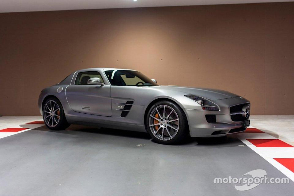 "2010 Mercedes-Benz SLS AMG de Sebastian Vettel<span class=""copyright"">Tom Hartley Jnr.</span>"