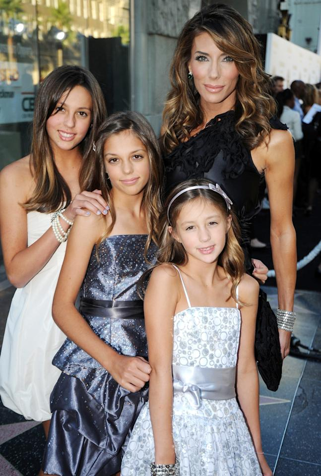 <p>We adore how the Stallone sisters (all clad in darling cocktail dress) perfected their pose by height with mom Jennifer Flavin.</p>