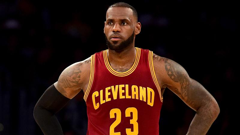 LeBron James feeling 'fine' after brutal elbowing in back