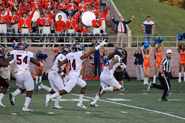UTSA leaves Texas State in the dust along I-35 with 44-14 win