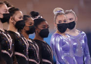 <p>Simone Biles of Team United States (center) wears a mask during Women's Podium Training ahead of the Tokyo 2020 Olympic Games at Ariake Gymnastics Centre on July 22, 2021 in Tokyo, Japan. (Photo by Ezra Shaw/Getty Images)</p>