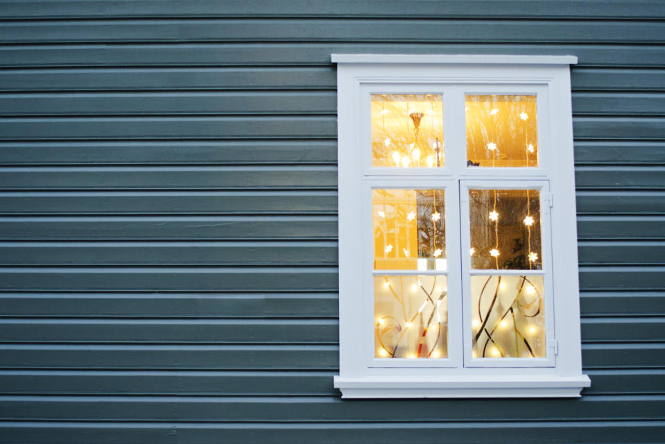People are putting their Christmas lights back up to offer hope in the coronavirus outbreak (Getty Images)
