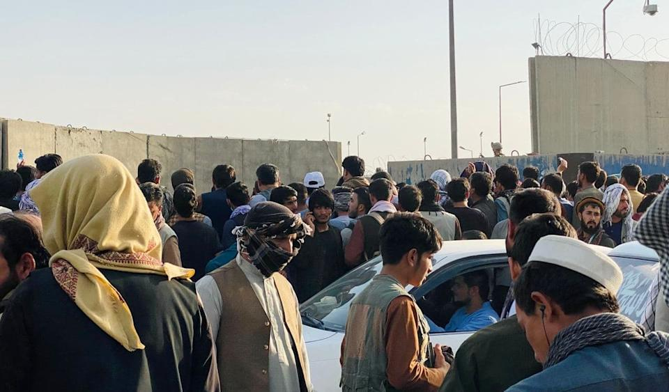 KABUL, AFGHANISTAN - AUGUST 24: People who want to flee the country continue to wait around Hamid Karzai International Airport in Kabul, Afghanistan on August 24, 2021. (Photo by HaroonSabawoon/Anadolu Agency via Getty Images)
