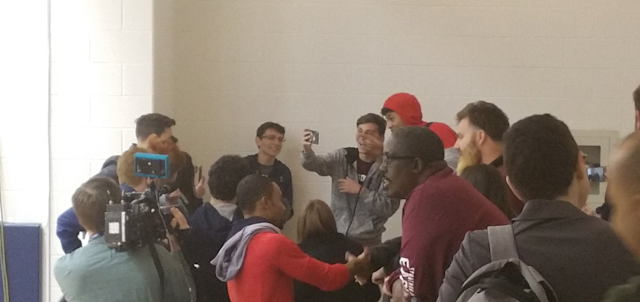 Stoneman Douglas students take photos with Wizards forward Kelly Oubre. (via Twitter/@BenStandig)