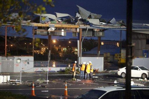 A major clean-up began in tornado-hit Auckland Wednesday, as authorities in New Zealand's largest city expressed amazement that the destructive twister resulted in only one death