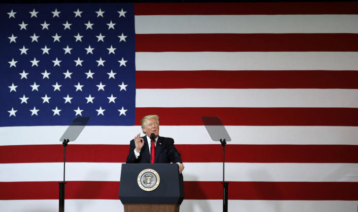 President Trump speaks about tax reform Wednesday at the Loren Cook Company in Springfield, Mo. (Photo: Alex Brandon/AP)