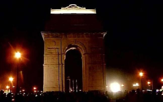 Delhi saves 290 MW by switching off lights during Earth Hour