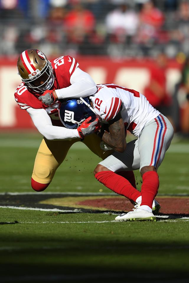 <p>Leon Hall #20 of the San Francisco 49ers tackles Tavarres King #12 of the New York Giants during their NFL game at Levi's Stadium on November 12, 2017 in Santa Clara, California. (Photo by Thearon W. Henderson/Getty Images) </p>
