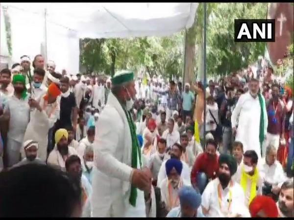 Visual from the farmers protest at Hisar (Photo/ANI)