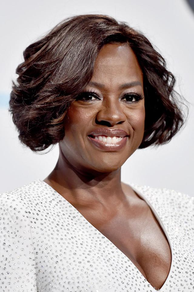 "<p>Hitting just below the ears, the side-parted style seen on Viola Davis is an incredibly flattering option for anyone growing out super-short hair to a bob or lob. Use a curling wand like the Bed Head Curlipops Tapered Curling Wand<span> ($20, <a rel=""nofollow"" href=""https://www.amazon.com/Bed-Head-Curlipops-Tapered-Curling/dp/B008S6INZC/ref=sr_1_10_s_it?tag=syndication-20"">amazon.com</a>) to achieve this classic look.</span></p>"
