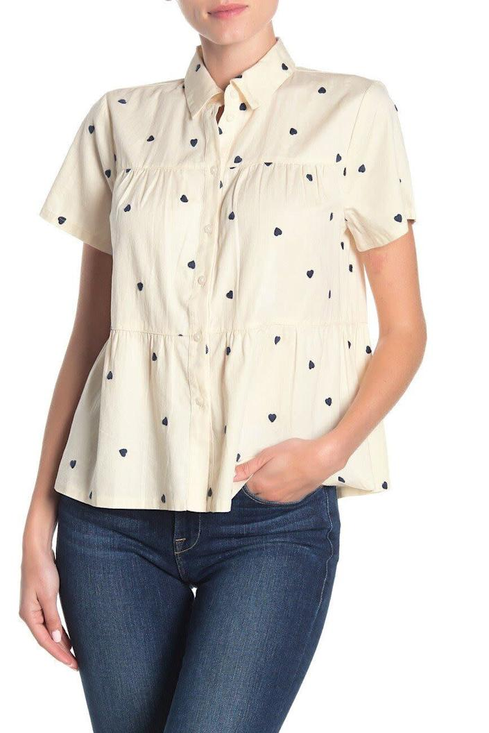 """This top comes in sizes XXS to XL. <a href=""""https://fave.co/2SC1T7l"""" rel=""""nofollow noopener"""" target=""""_blank"""" data-ylk=""""slk:Find it at Nordstrom Rack for $40"""" class=""""link rapid-noclick-resp"""">Find it at Nordstrom Rack for $40</a>."""