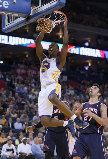 OAKLAND, CA - NOVEMBER 14: Harrison Barnes #40 of the Golden State Warriors dunks the ball during their game against the Atlanta Hawks at Oracle Arena on November 14, 2012 in Oakland, California. (Photo by Ezra Shaw/Getty Images)