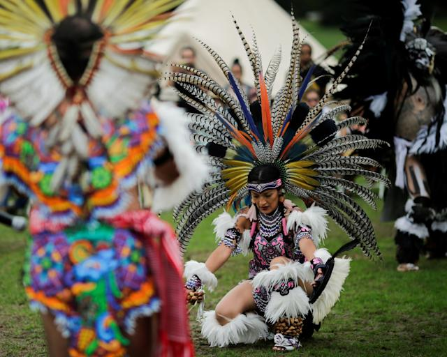 "<p>Revellers perform a dance during a ""pow-wow"" celebrating the Indigenous Peoples' Day Festival in Randalls Island, in New York, Oct. 8, 2017. (Photo: Eduardo Munoz/Reuters) </p>"