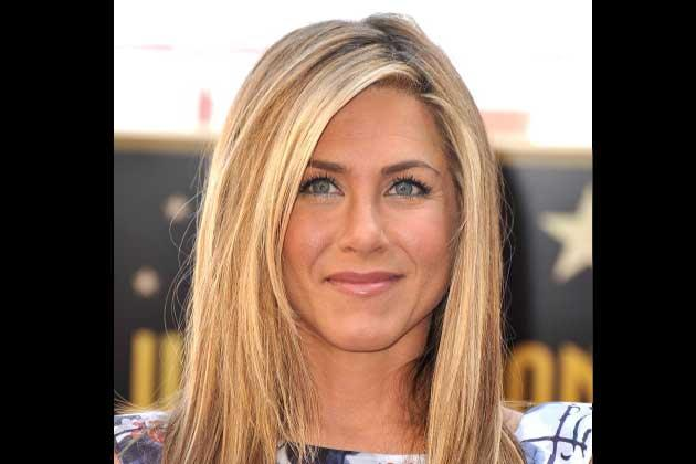 Who can believe that Jennifer Aniston is already 43 years old? Aniston regularly does cardio and yoga to maintain that amazing body.