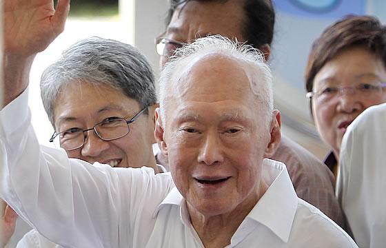 Rising home prices and the influx of new faces caused PAP to lose votes in the recent GE, said Mr Lee Kuan Yew. (AP file photo)