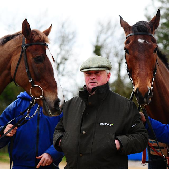 <span>Trainer Colin Tizzard poses with Native River (left) and Cue Card (right)</span> <span>Credit: GETTY IMAGES </span>