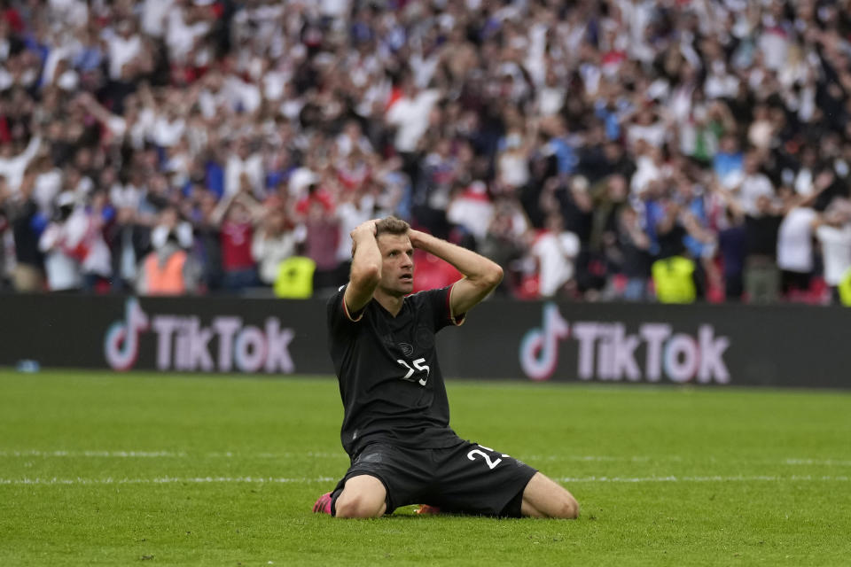 LONDON, ENGLAND - JUNE 29: Thomas Mueller of Germany reacts after a missedisses a chance during the UEFA Euro 2020 Championship Round of 16 match between England and Germany at Wembley Stadium on June 29, 2021 in London, England. (Photo by Frank Augstein - Pool/Getty Images)