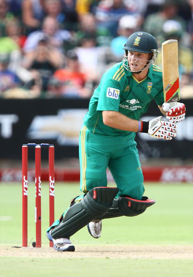 PORT ELIZABETH, SOUTH AFRICA - DECEMBER 26: David Miller of South Africa during the 3rd T20 International match between South Africa and New Zealand at AXXESS St Georges on December 26, 2012 in Port Elizabeth, South Africa. (Photo by Richard Huggard / Gallo Images/Getty Images)