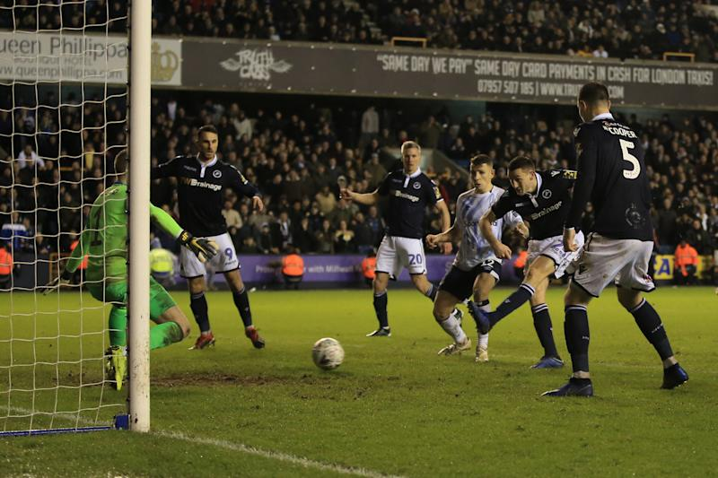 Millwall 3 Everton 2: Controversial equaliser spurs Lions on to last-gasp upset