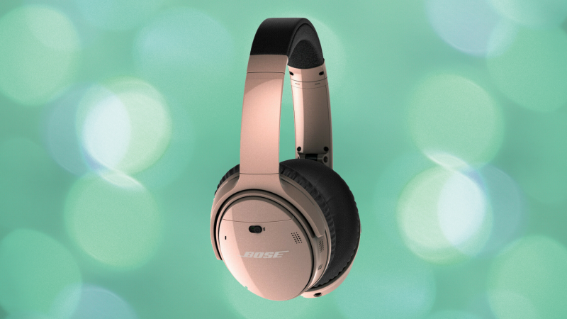 These wireless headphones are on sale for nearly 40 percent off. (Photo: Bose)