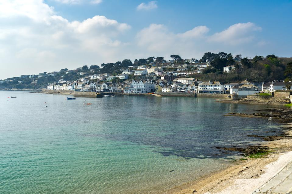 The picturesque village of St Mawes in Cornwall, England, has been voted the UK's best beach. (Getty Images)