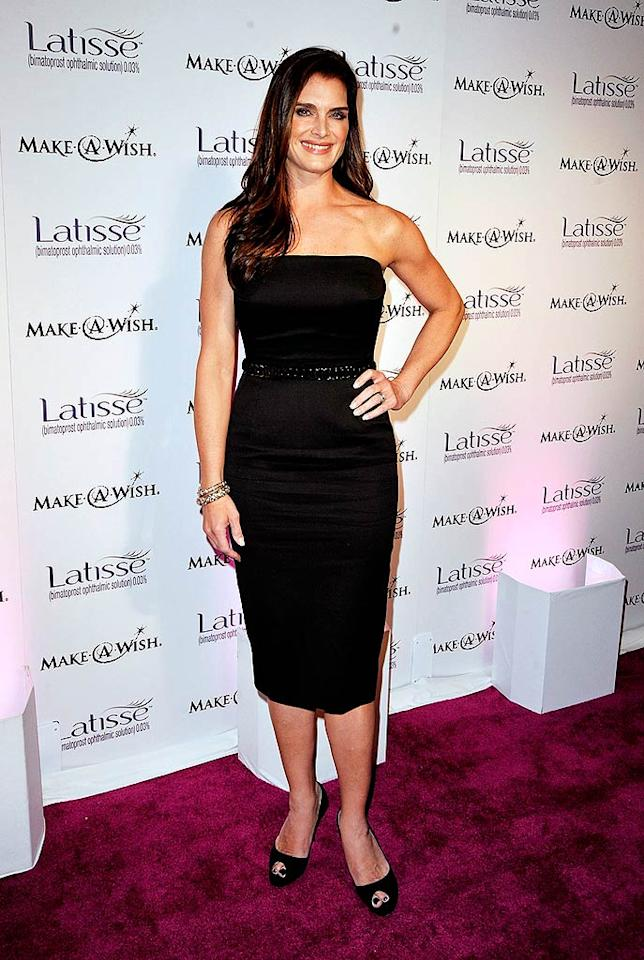 "Brooke Shields kept things simple in a strapless black number. Kevin Winter/<a href=""http://www.gettyimages.com/"" target=""new"">GettyImages.com</a> - March 26, 2009"