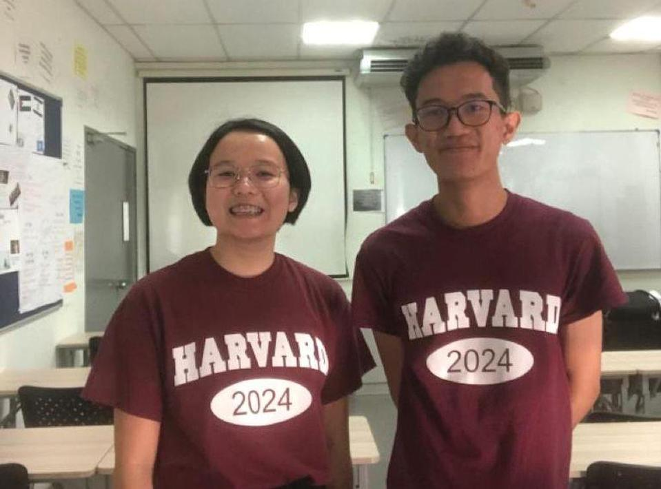 Both Chin (left) and Aqil have made the nation proud after gaining entry into Harvard University. Picture via Zad Chin Qi Qi. — Picture courtesy of Zad Chin Qi Qi