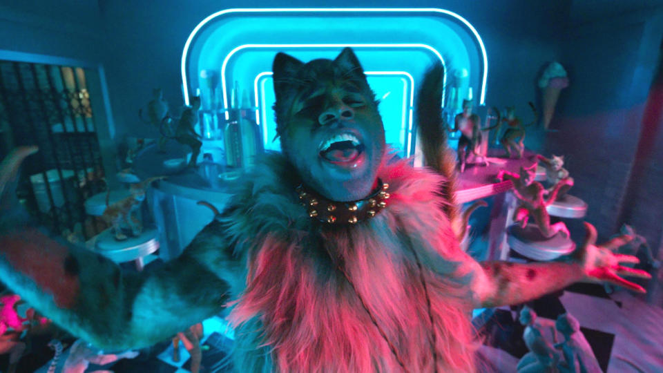 Jason Derulo as Rum Tum Tugger in 'Cats'. (Credit: Universal)