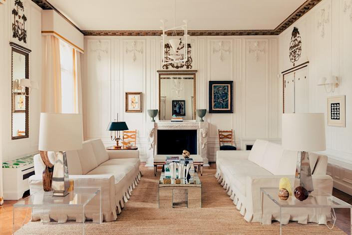 Debut: Casiraghi Architecture d'Intérieur Pictured above: The living room of a residence in France, designed by Casiraghi. Read our profile here.