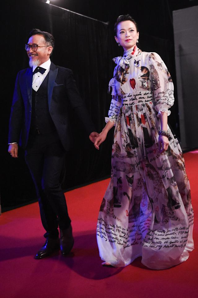 <p>Actor Hasnul Rahmat and actress Felicia Chin walk the red carpet at the 22nd Asian Television Awards. (Photo: Joseph Nair for Yahoo Lifestyle Singapore) </p>