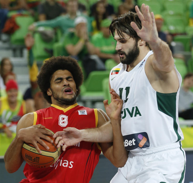 France, Lithuania, Serbia on to quarters at Euros