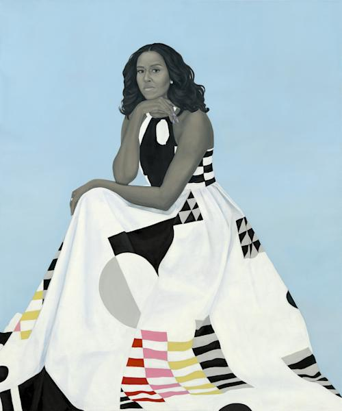 Amy Sherald rendered Michelle Obama in her trademark grayscale, with only a few splashes of coral, pink and yellow, against an eggshell blue backdrop.