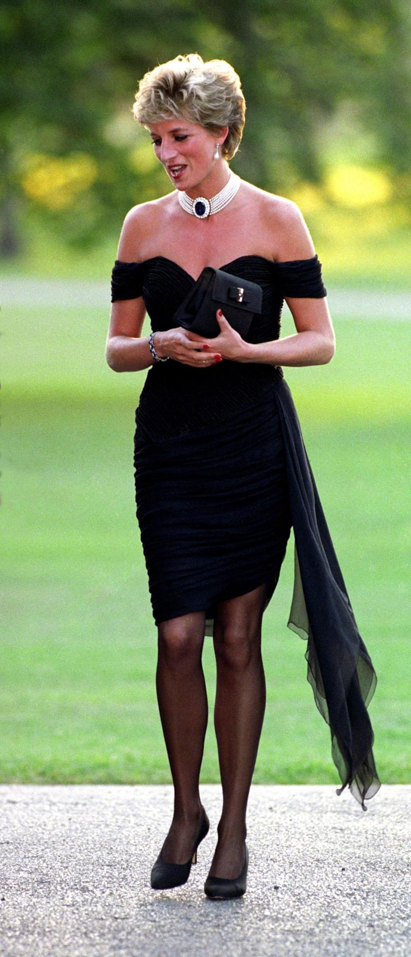 Princess of Wales wearing the Collingwood Pearl Earrings in 1994 (PA Archive/PA Images)