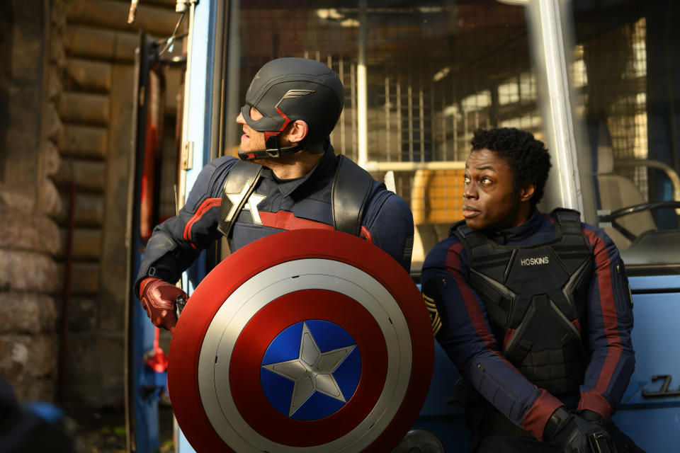 (L-R): John Walker (Wyatt Russell) and Lemar Hoskins (Clé Bennett) in Marvel Studios' THE FALCON AND THE WINTER SOLDIER exclusively on Disney+. Photo by Julie Vrabelová. ©Marvel Studios 2021. All Rights Reserved.