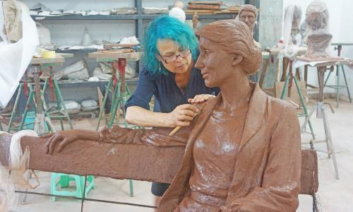 Virginia Woolf statue fundraiser flooded with donations after Wollstonecraft controversy