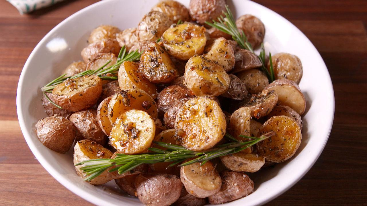 """<p>Fall and winter are long—make sure you never run out of amazing <a rel=""""nofollow"""" href=""""http://www.delish.com/cooking/recipe-ideas/g3030/potato-recipes/"""">new ways to eat potatoes</a>. </p>"""