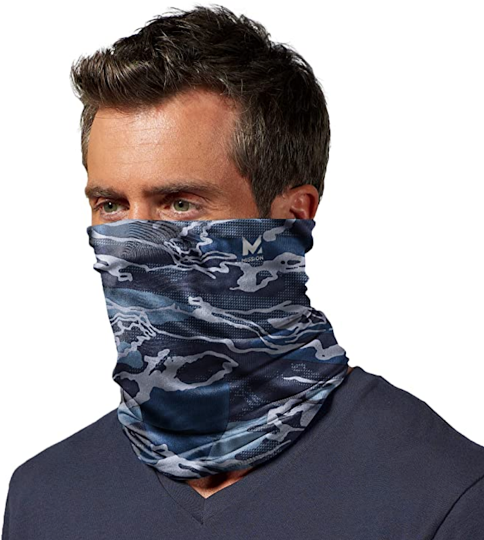 Mission Cooling Neck Gaiter (Photo: Amazon)