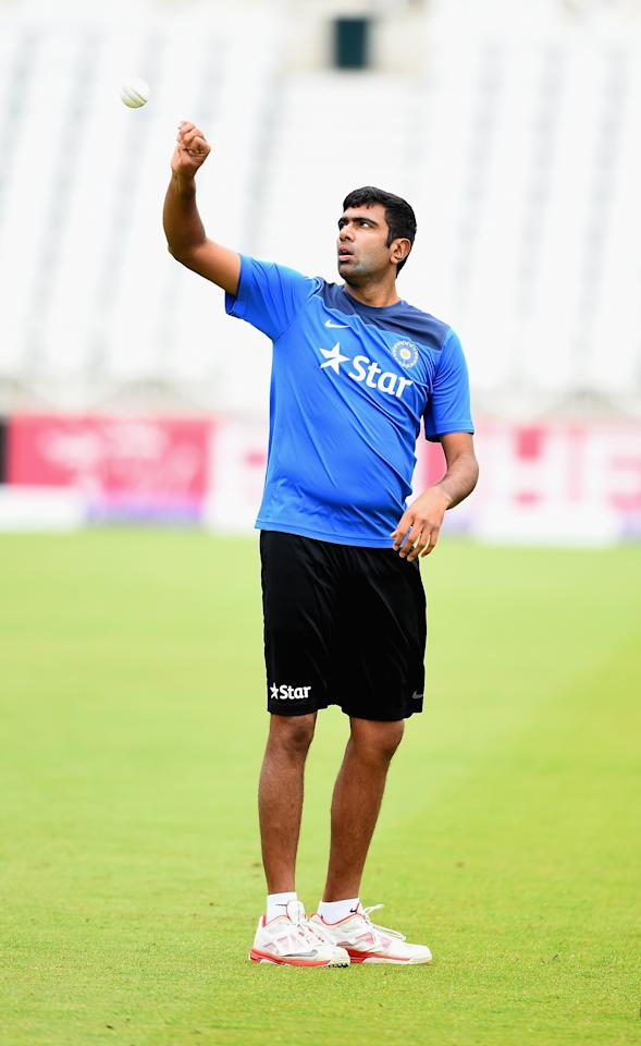 NOTTINGHAM, ENGLAND - AUGUST 29: Ravichandran Ashwin of India prepares to bowl during net practice at Trent Bridge on August 29, 2014 in Nottingham, England.  (Photo by Laurence Griffiths/Getty Images)