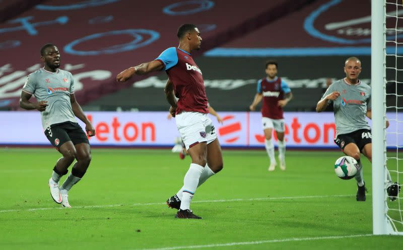 Haller brace will boost confidence, says West Ham's Moyes