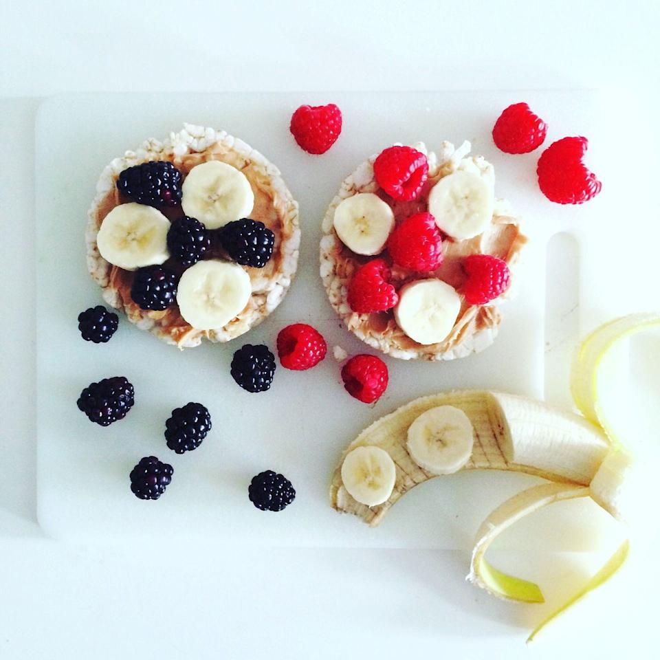 <p>Rice cakes are a light, crunchy, and low-carb base for any sort of sandwich. <strong>Top with nut butter for a healthy fat and protein source to keep you full</strong>, and then add fresh berries instead of jelly for a naturally sweet twist. You can even mash the raspberries first and then spread them on top for a jam-like texture.</p>