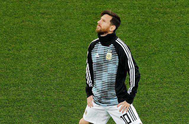 Soccer Football - World Cup - Group D - Argentina vs Croatia - Nizhny Novgorod Stadium, Nizhny Novgorod, Russia - June 21, 2018 Argentina's Lionel Messi during the warm up before the match REUTERS/Carlos Barria
