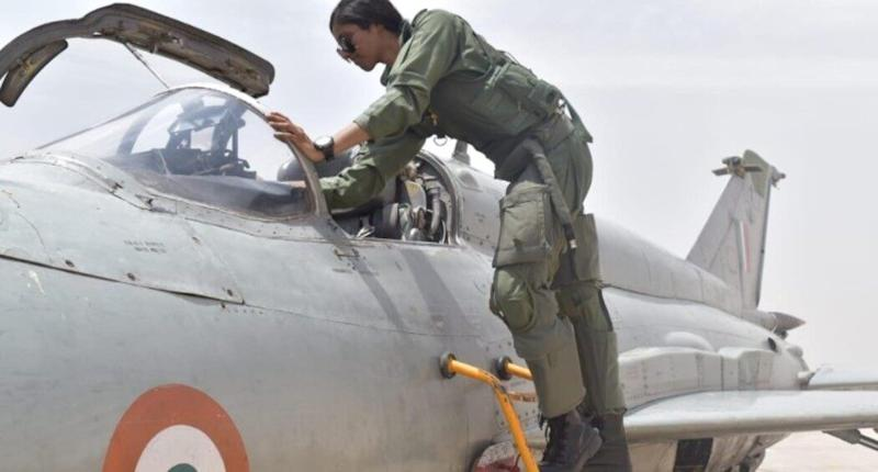 Bhawana Kanth Becomes 1st Woman Pilot to Be Qualified to Undertake Missions by Day on Fighter Aircraft