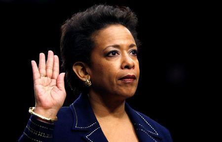 Loretta Lynch is sworn in to testify before a Senate Judiciary Committee confirmation hearing on her nomination to be U.S. attorney general on Capitol Hill in Washington January 28, 2015. REUTERS/Kevin Lamarque