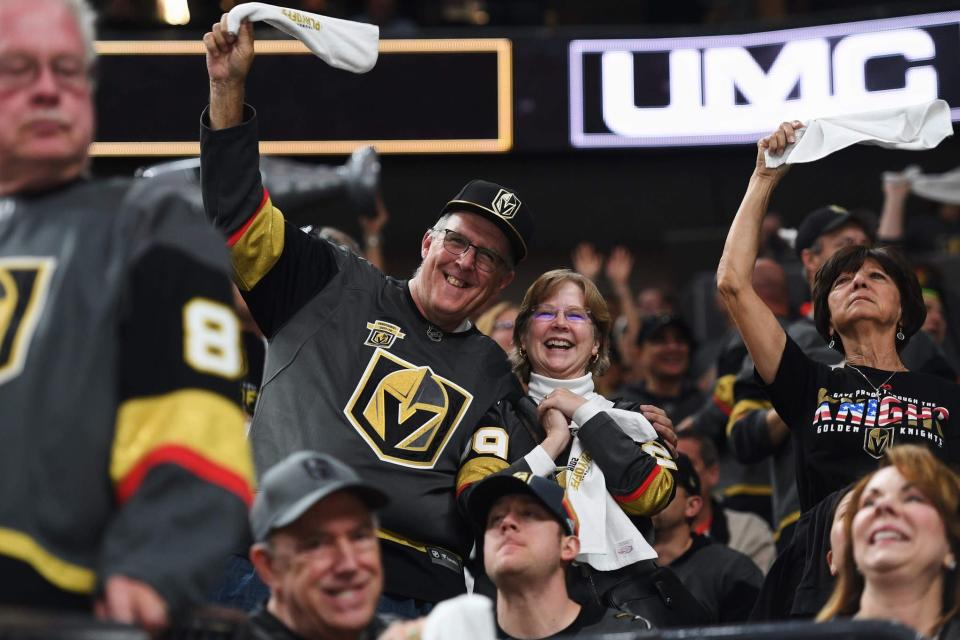 The Las Vegas Golden Knights' inaugural season has been quite the ride for Kevin Iole and his wife Betsy. (Al Powers/@powersimagery/T-Mobile Arena)