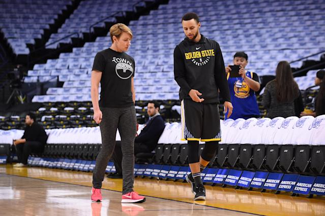 "<a class=""link rapid-noclick-resp"" href=""/nba/players/4612/"" data-ylk=""slk:Steph Curry"">Steph Curry</a> with trainer <a class=""link rapid-noclick-resp"" href=""/soccer/teams/chelsea/"" data-ylk=""slk:Chelsea"">Chelsea</a> Lane, who gets all credit for rehabbing Curry's recent injuries. (Getty)"