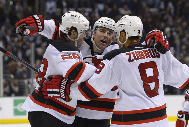 Jagr's OT goal helps Devils beat Kings 2-1
