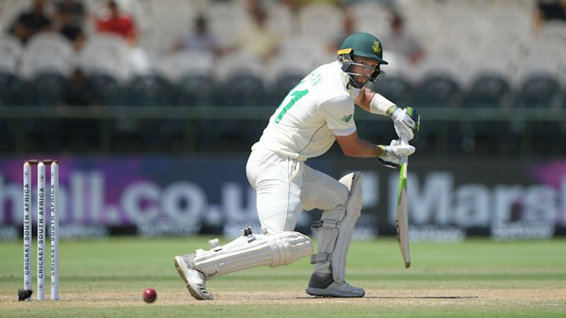 South Africa keep faith with unchanged Test squad
